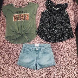 💕Little girls - size 10/12💕 2 tops ➕ shorts ‼️